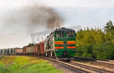 Nálepka Nákladní vlak tažený motorovou lokomotivou. Běloruské železnice