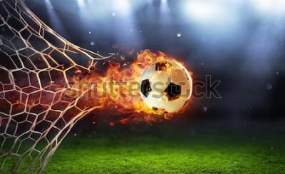 Nálepka Ohnivý fotbalový míč v brance se sítí v plamenech