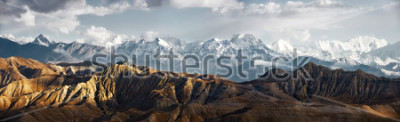 Nálepka Panoramic view of the snowy mountains in Upper Mustang, Annapurna Nature Reserve, trekking route, Nepal