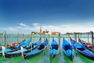 Nálepka Pohled na gondoly na benátské laguně, Benátky, Itálie
