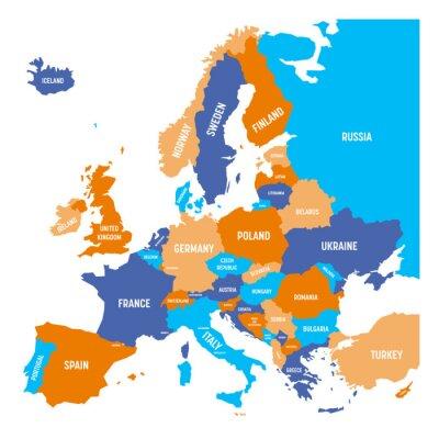 Nálepka Politická mapa evropského kontinentu ve čtyřech barvách s bílým názvem země jméno a izolovaných na bílém pozadí. Vektorové ilustrace.