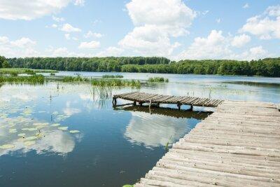 Nálepka překlenout jezera za slunečného dne