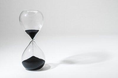 Přesýpací hodiny s čas vypršel