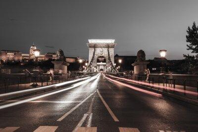 Nálepka Řetězový most v noci