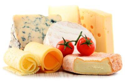 Nálepka Různé druhy sýrů na bílém pozadí
