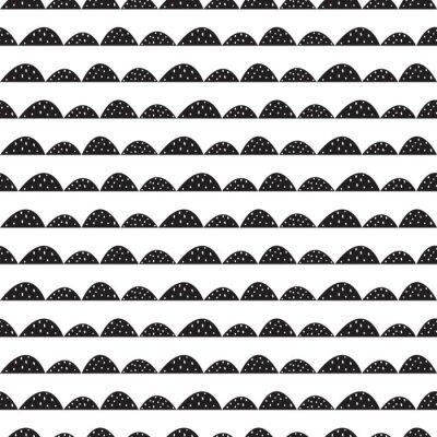 Nálepka Scandinavian bezešvé černé a bílé vzor v ruce tažené stylu. Stylizované kopec řádky. Mávat jednoduchý vzor pro tkaniny, textilie a dětského prádla.