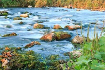 Nálepka Spěchá řeka