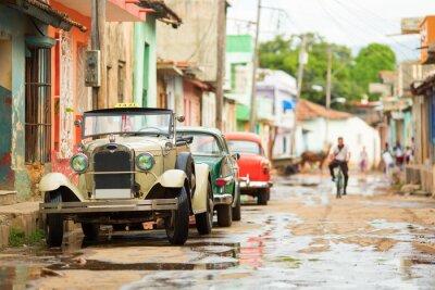 Nálepka Starý kabriolet auto na ulici Trinidad, Kuba
