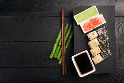 Nálepka Sushi rolka s rybami