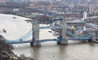 Nálepka Tower Bridge na řece Temži v Londýně