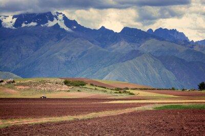 Nálepka Traktor v poli, Cuzco, Peru