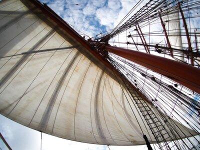 Nálepka vzhlížel plachet na tallship