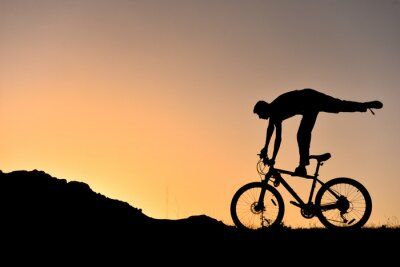 Nálepka sıradışı bisikletçi siluet