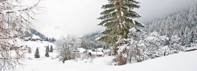 Nálepka Zasněžené hory v zimě