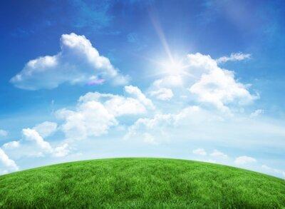 Nálepka Zelené kopce pod modrou oblohou