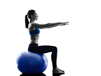 Nálepka žena pilates míč cvičení fitness izolované
