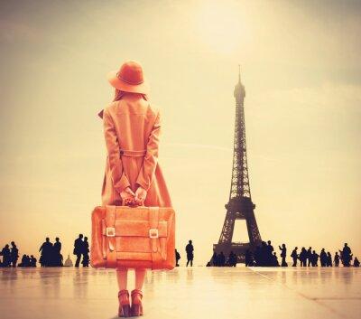 Nálepka Zrzka dívka s kufrem