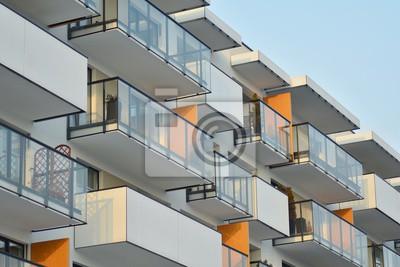 Obraz Abstraktní fragment současné architektury, stěny ze skla a betonu.