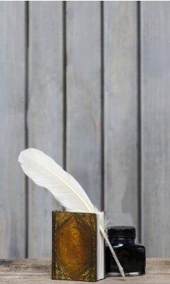 Obraz Ancient spisovatele stůl - kniha, péřová, inkoustem na dřevěné drsné opěr