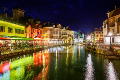 Annecy Old Town, Savoy, Francie, v noci