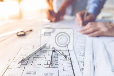 Obraz Architekti pracují společně