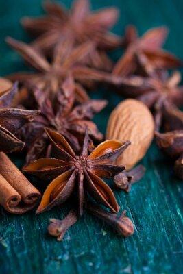 Obraz Badyán, skořice, hřebíček a mandle