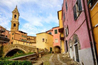 Obraz Barevné domy ve staré části města Dolcedo, Liguria, Itálie