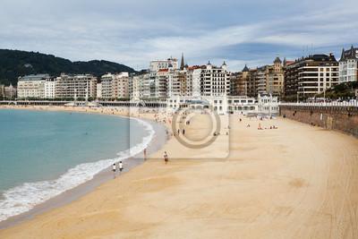 Beach v San Sebastian, Španělsko.