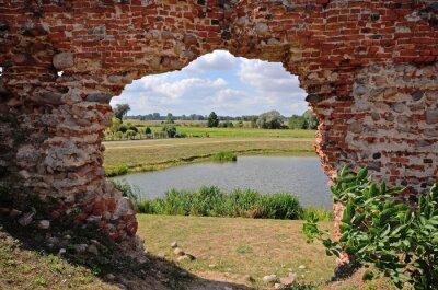 Obraz Besiekiery, Ruiny zamku gotyckiego, Polska