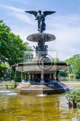 Bethesda Fountain v Central Parku v New Yorku