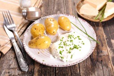 Obraz bibeleskaes, tvaroh a brambor