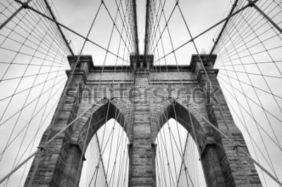 Obraz Brooklynský most New York City architektonické detaily v nadčasové černobílé