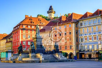 Centrální náměstí v historické části Štýrského Hradce v Rakousku