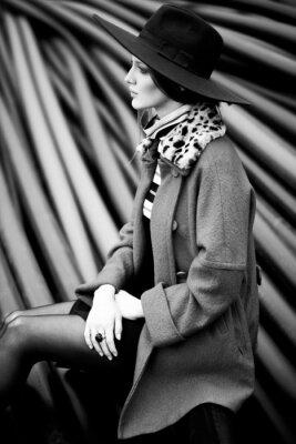 Obraz černá a bílá žena móda