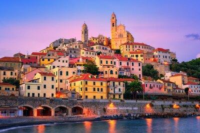 Cervo na pobřeží Středozemního moře Ligurie, Itálie