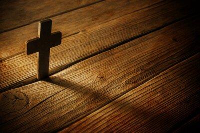 Obraz Dřevěný kříž na dřevo pozadí