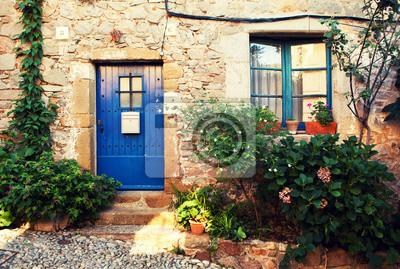 Dveře a okna.