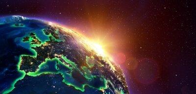 Obraz Europe Na Golden Sunrise - Pohled z vesmíru