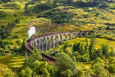 Obraz Glenfinnan Železniční viadukt ve Skotsku s Jacobite Parní vlak přejíždění