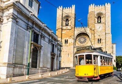 Obraz Historické žlutá tramvaj v Lisabonu, Portugalsko