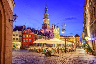 Hlavní náměstí na Starém Městě v polské Poznani na letní den ev