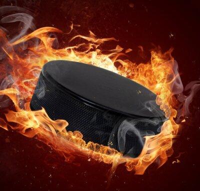 Obraz Hot hokejový puk při požárech plamene