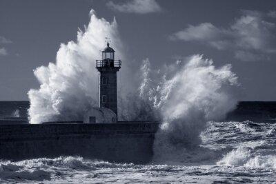 Obraz Infračervené starý maják v silné bouři