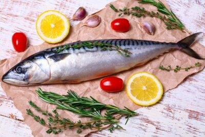 Obraz ingredience pro pečení Scomber filety, syrové makrela, citron, česnek, rozmarýn