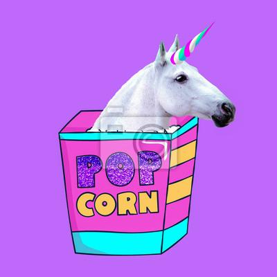 Jednorožec miluje popcorn Současné umění koláž. Minimální projekt Funny Fast food