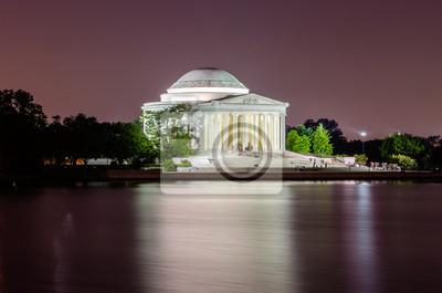 Jefferson památník ve Washingtonu DC v noci