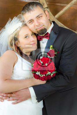 Jen manželský pár v objetí