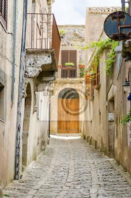 Kámen Zpevněné Old Street ve městě Erice, Sicílie