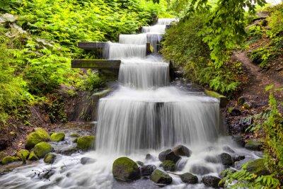Obraz Kaskádový vodopád v Planten un Blomen v Hamburku
