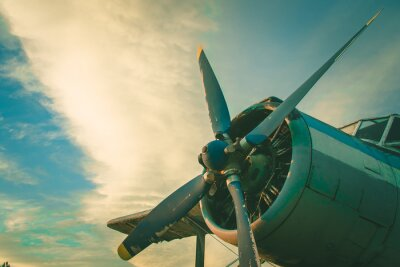 Obraz Kokpit starého letadla. Opuštěné letadlo